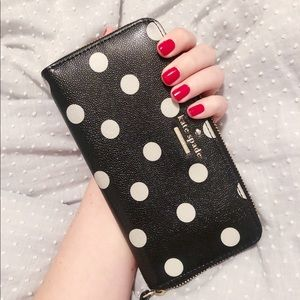 ♠️ Kate Spade Polka Dot Wallet